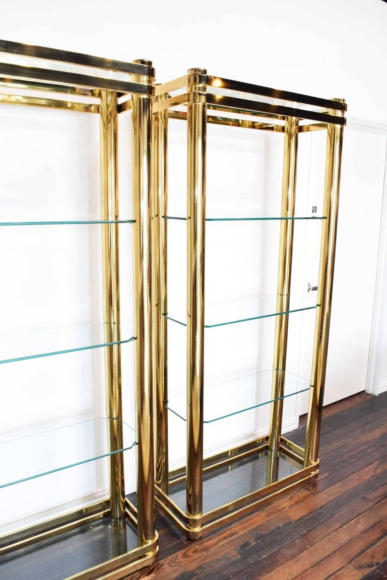 Mid-Century Modern Pair of Brass Finish Etageres Attributed to Mastercraft For Sale