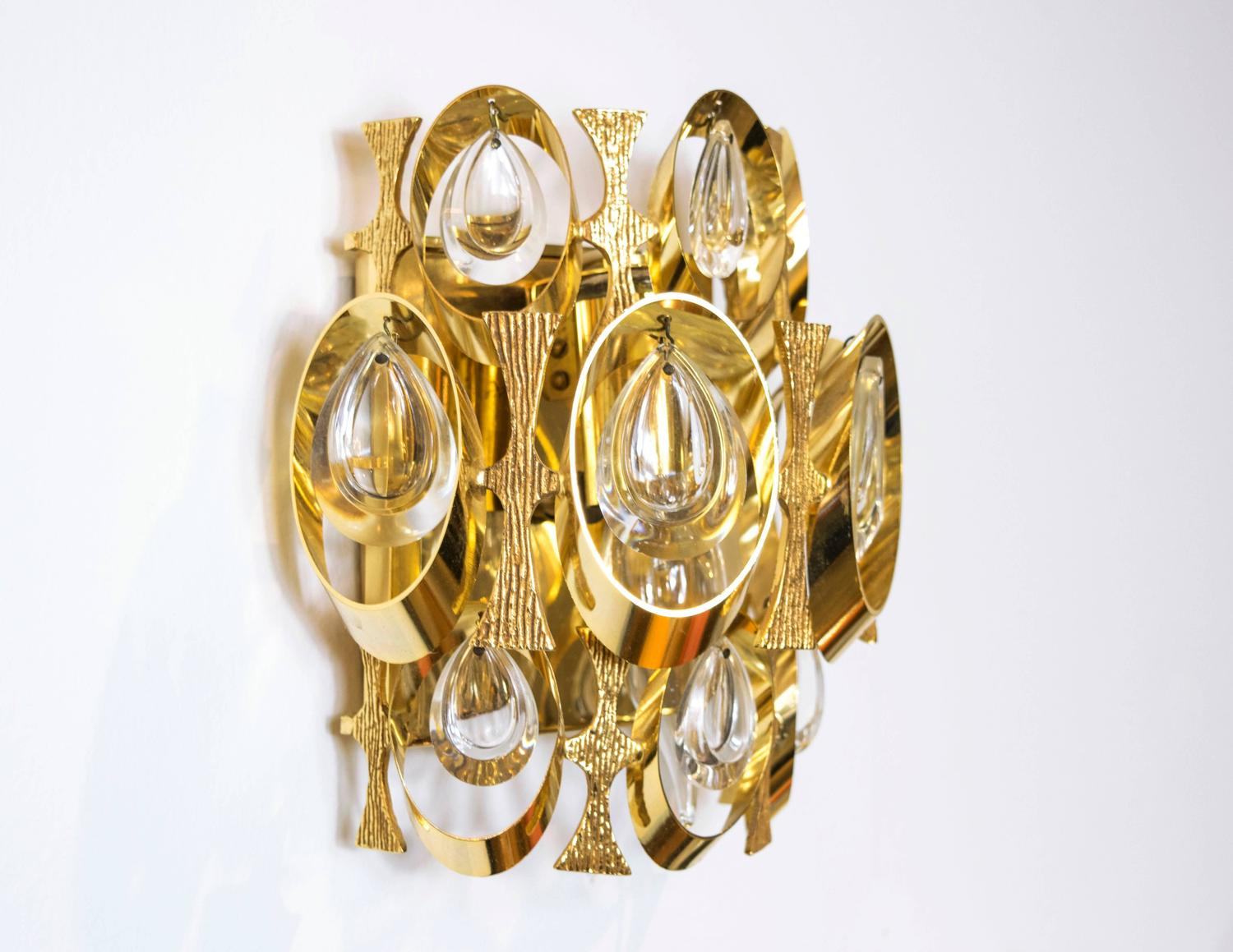 Sciolari Crystal and Gold-Plated Sculptural Wall Sconce For Sale at 1stdibs