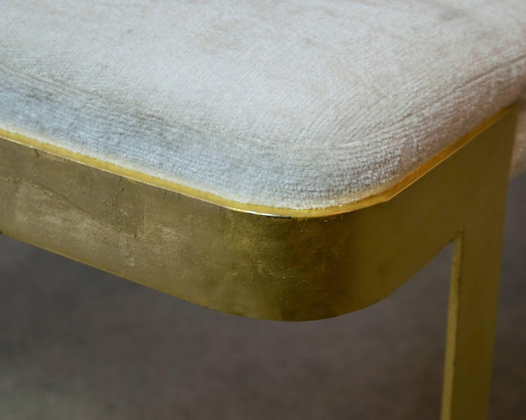 Mid-Century Modern White and Gold Gilt Metal Bench in the Style of Milo Baughman For Sale