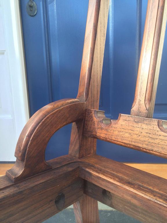 20th Century English Oak Hall Chair For Sale