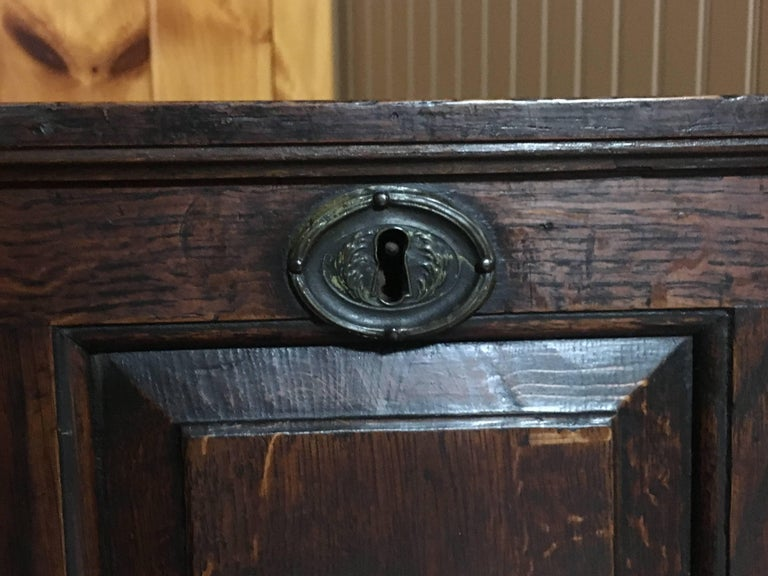 Early 19th Century Scottish Chest 4