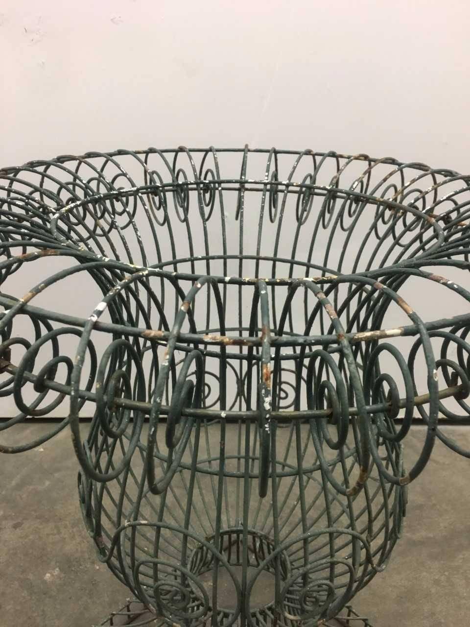 Wire Form Garden Urn.