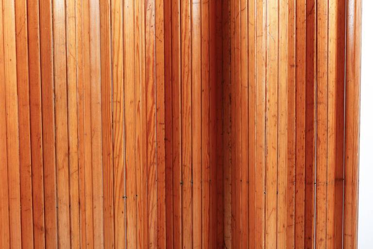 Alvar Alto's Renown Scandinavian Modern Pine Screen for Artek For Sale 1