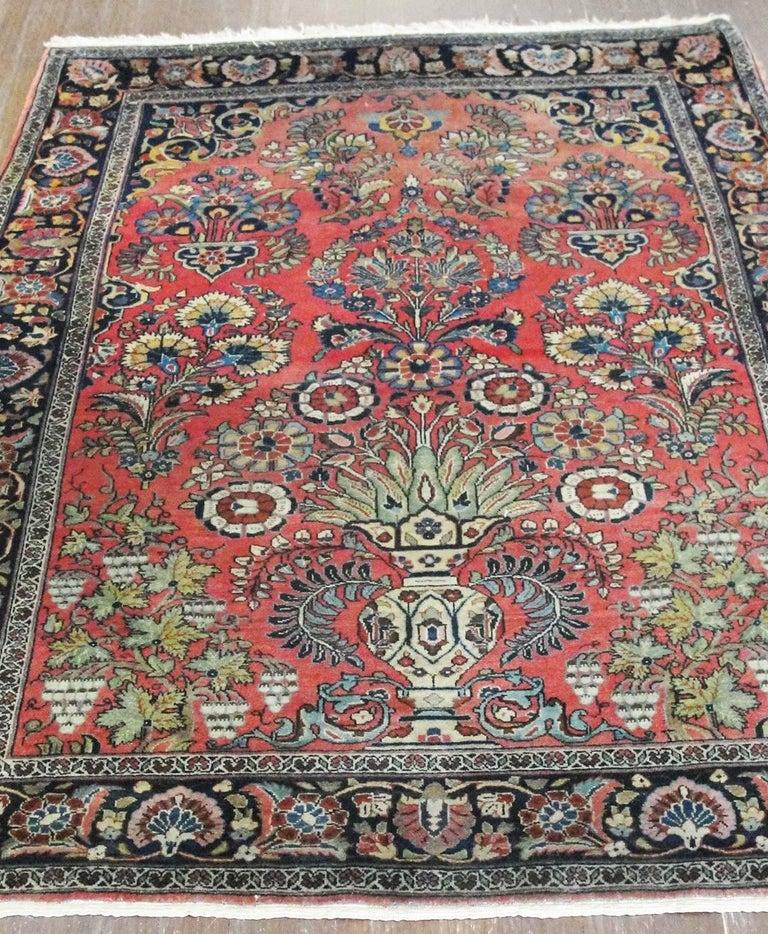 Wonderful Persian Mohajeran Sarouk Vase Rug, Manchester