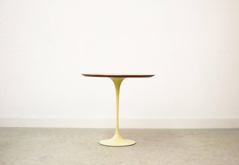 Early Eero Saarinen for Knoll oval tulip side table. Retains early Knoll label.