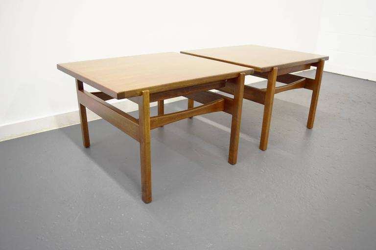 American Pair of Jens Risom End / Side Tables For Sale