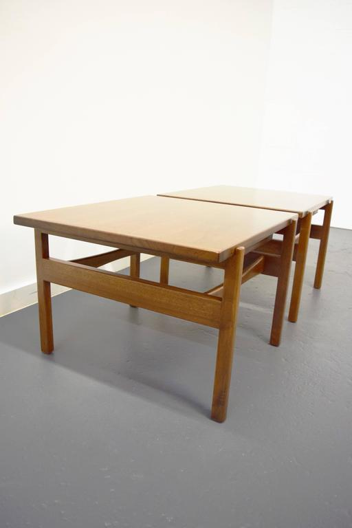 Pair of Jens Risom End / Side Tables In Excellent Condition For Sale In Middlesex, NJ