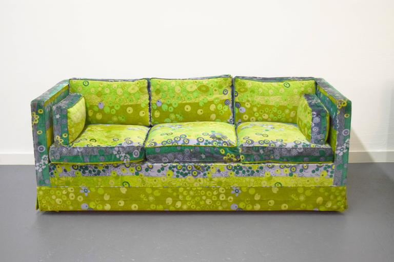 Pair of Mid-Century Box Sofas with Original Jack Lenor Larsen Fabric In Excellent Condition For Sale In Middlesex, NJ