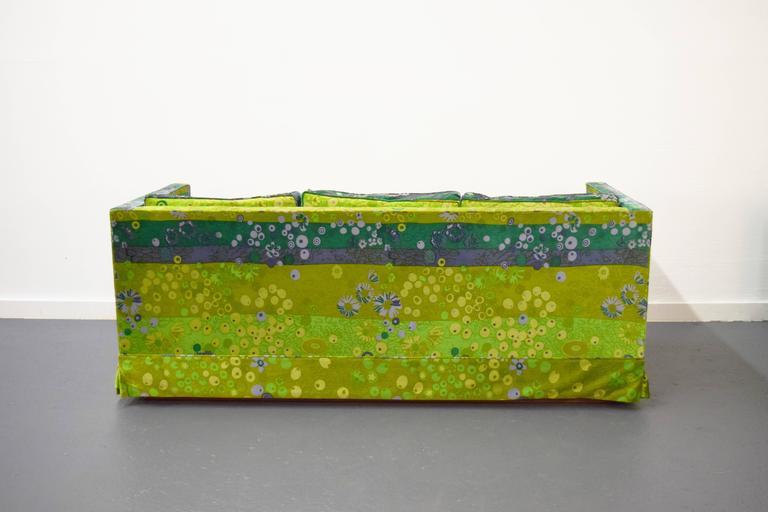 20th Century Pair of Mid-Century Box Sofas with Original Jack Lenor Larsen Fabric For Sale