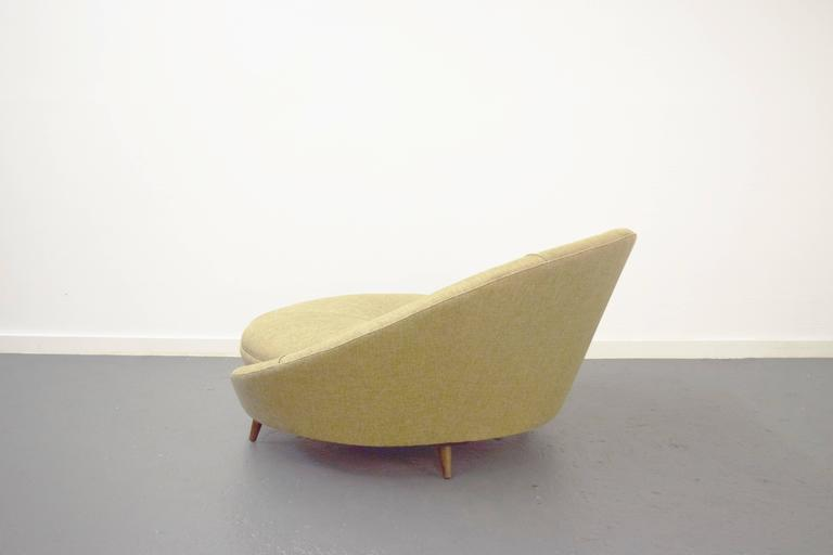 Large Round Lounge Chair By Milo Baughman At 1stdibs