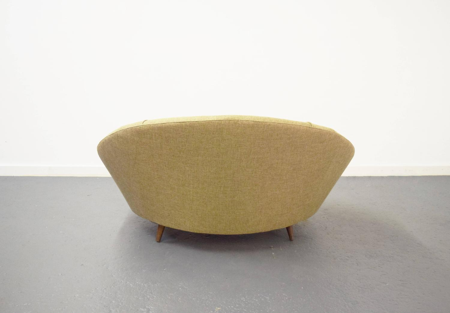 Round Lounge Chair by Milo Baughman at 1stdibs