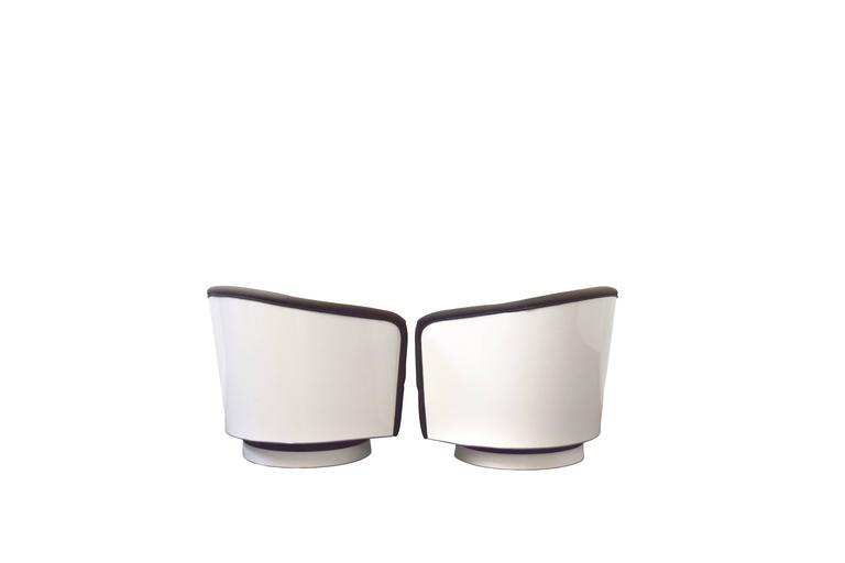 Mid-Century Modern Milo Baughman Swivel and Tilt Lounge Chairs For Sale