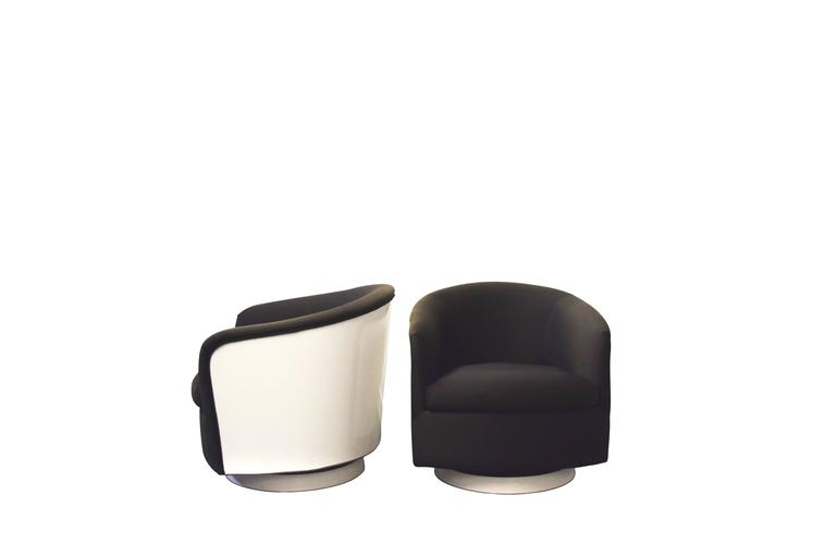 American Milo Baughman Swivel and Tilt Lounge Chairs For Sale
