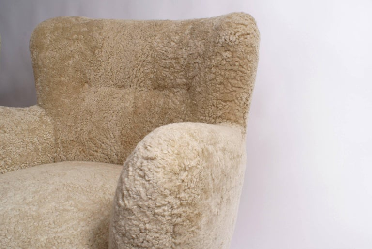 Scandinavian Modern Fritz Hansen Pair of Easy Chairs, Model 1669, 1930s For Sale