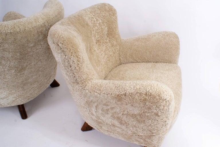 Fritz Hansen Pair of Easy Chairs, Model 1669, 1930s In Excellent Condition For Sale In Copenhagen, DK
