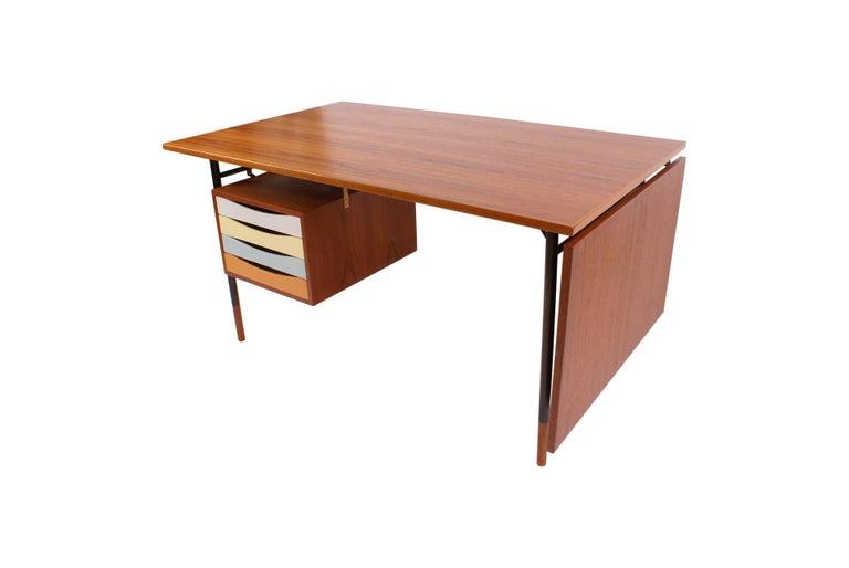 Danish Finn Juhl Desk in Teak for Bovirke, Model BO69, 1953 For Sale