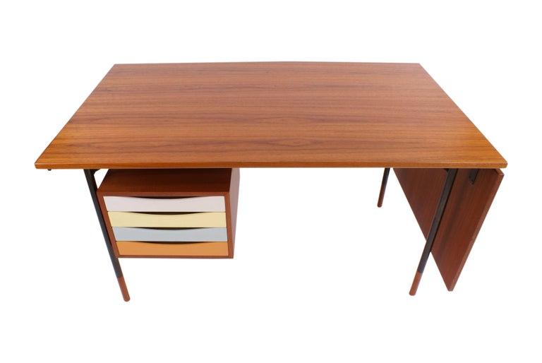 Finn Juhl Desk in Teak for Bovirke, Model BO69, 1953 For Sale 1