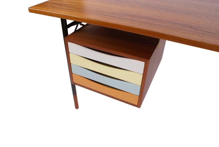 Finn Juhl Desk in Teak for Bovirke, Model BO69, 1953 For Sale 2