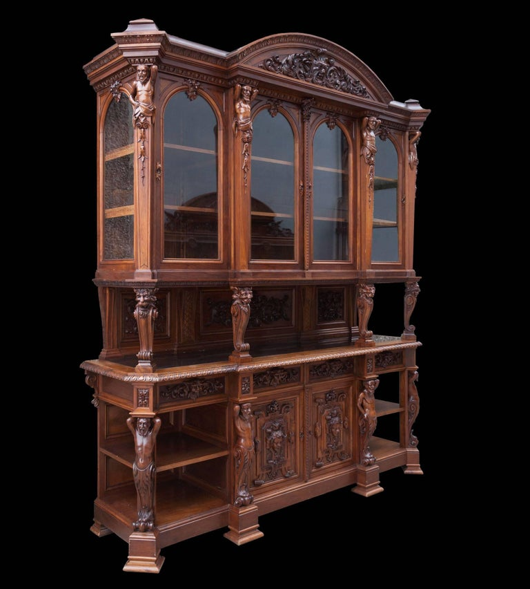 Antique Walnut Renaissance Suite For Sale 2