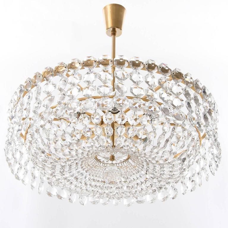Mid-Century Modern Bakalowits Chandelier, Crystal Glass and Gilt Brass, Austria, 1960s, 1 of 2 For Sale