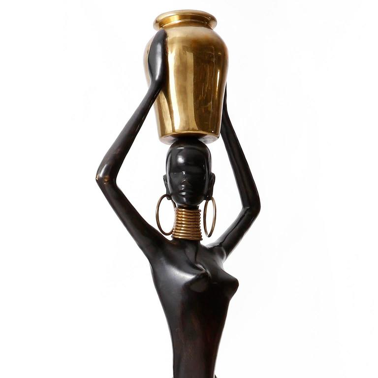 Mid-20th Century Human Size African Woman Sculpture Figurine, Polished and Blackened Brass, 1950 For Sale