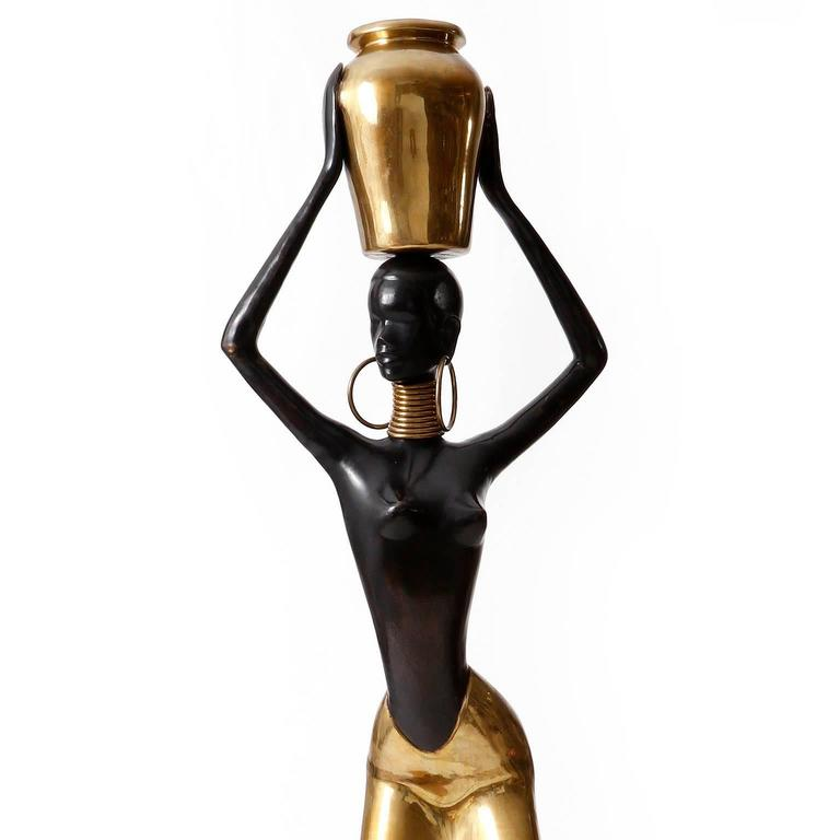 Human Size African Woman Sculpture Figurine, Polished and Blackened Brass, 1950 In Excellent Condition For Sale In Vienna, AT