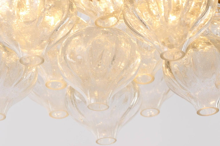 Set Kalmar Chandelier and Pair of Sconces Wall Lights 'Tulipan' Glass Brass 1970 For Sale 11