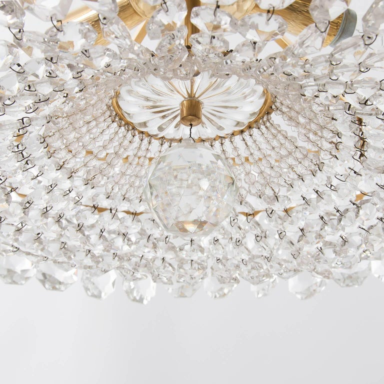 Pair of Bakalowits Chandeliers Pendant Lights, Crystal Glass Gilt Brass, 1960 For Sale 4