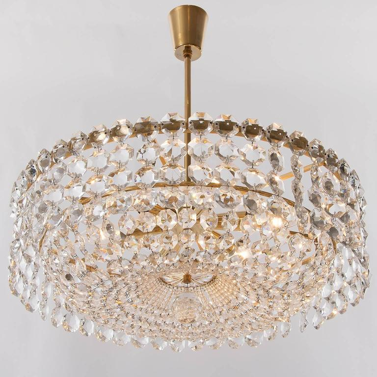 Bakalowits Chandelier, Crystal Glass and Gilt Brass, Austria, 1960s, 1 of 2 For Sale 1