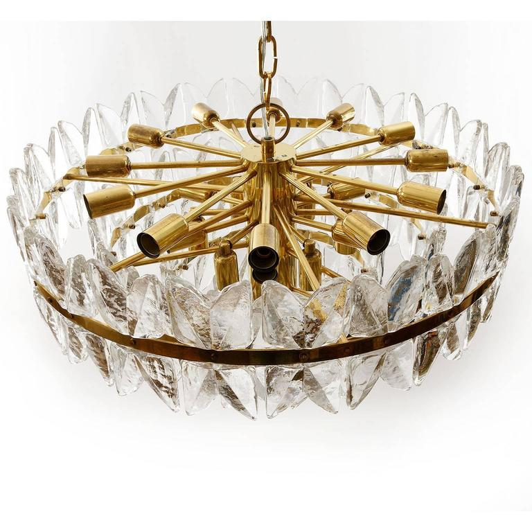 Large Kalmar Chandelier Pendant Light, Brass and Glass, Corina Model, 1970 In Excellent Condition For Sale In Vienna, AT