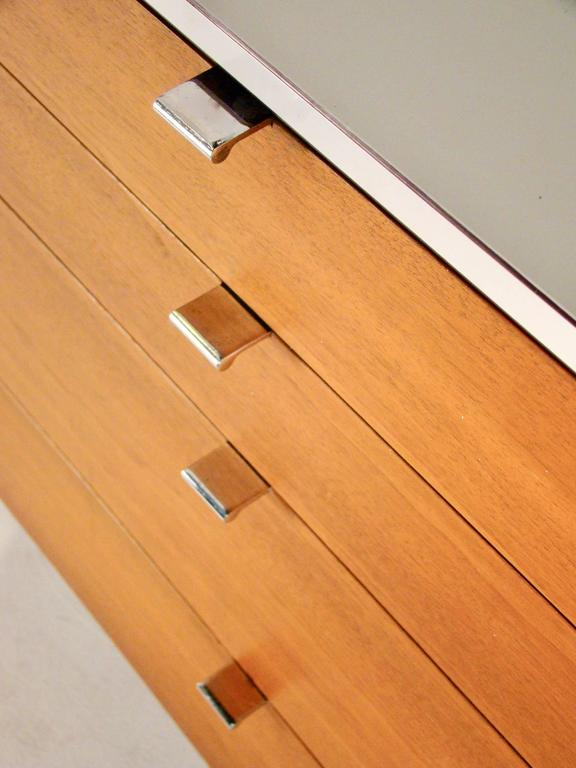 Florence knoll for knoll associates walnut four drawer for Knoll associates