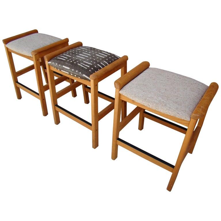 Danish Counter Seat