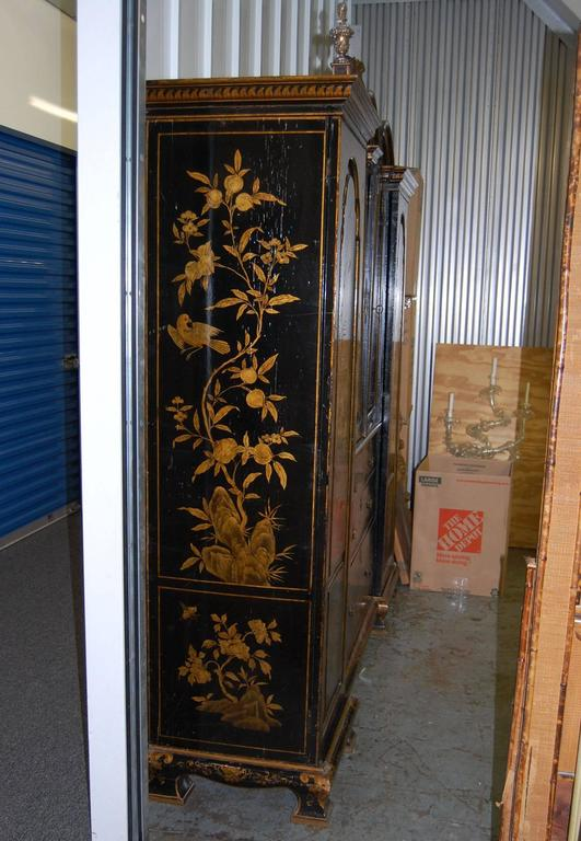 19th Century English Japanned Chinoiserie Wardrobe Cabinet For Sale 3