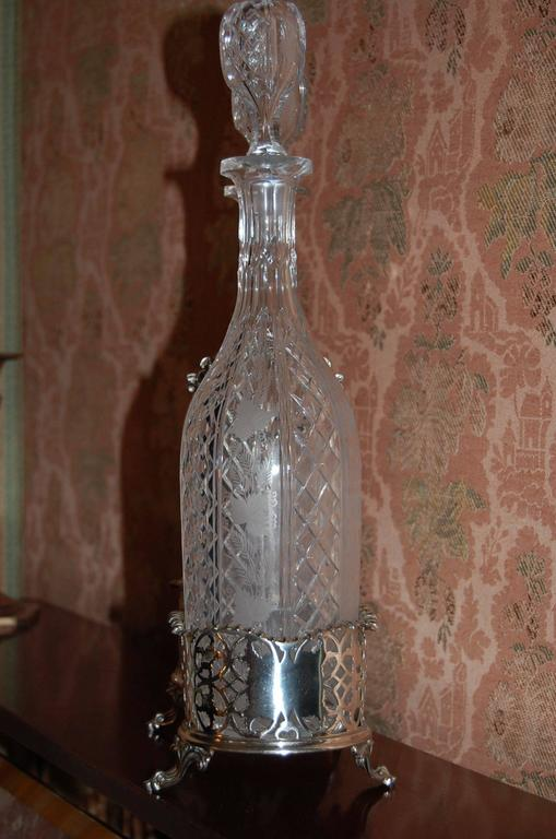 Hand-Crafted Elkington Victorian Silver Plate 2 Bottle Decanter Stand Tantalus, circa 1850 For Sale