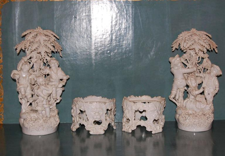 Victorian Pair of 19th Century Capodimonte Porcelain Figurines, circa 1830-1890 For Sale