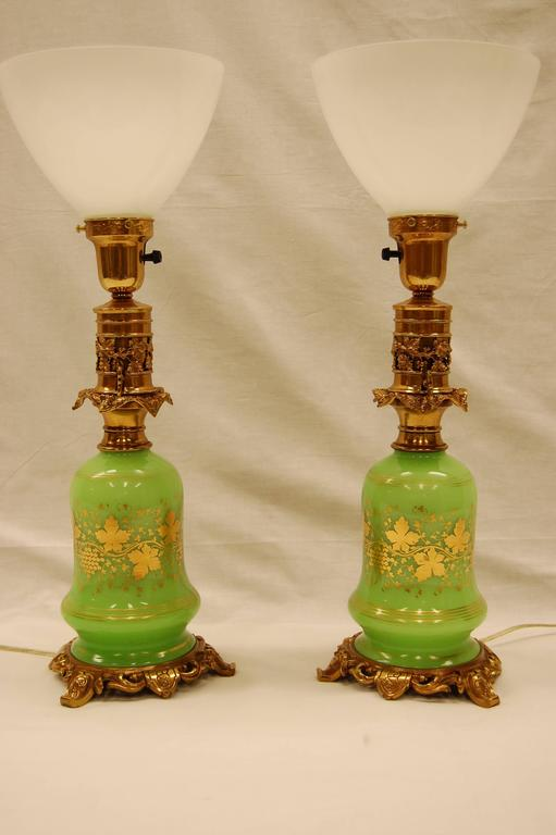 Early Victorian Pair of Green Opaline Gold Leaf Decorated French Oil Lamps, circa 1860 For Sale