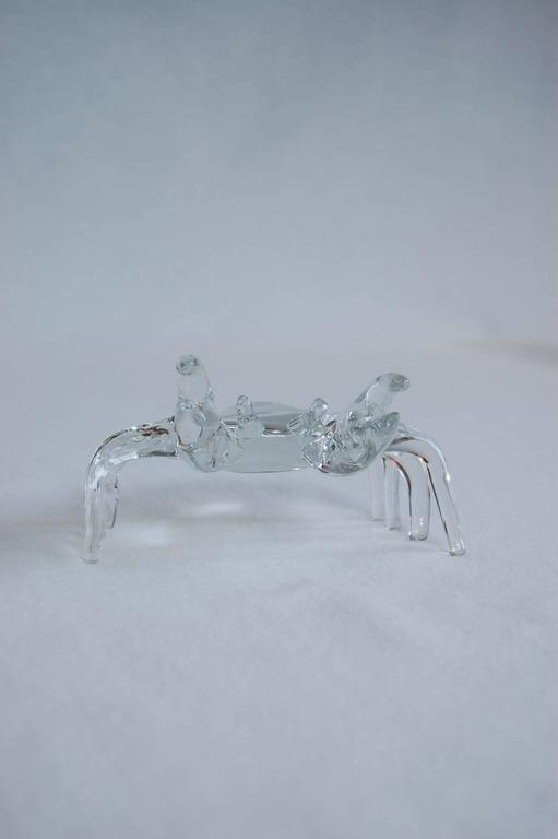 Modern Handmade Clear Glass Figure of a Sand Crab In Excellent Condition For Sale In Pittsburgh, PA
