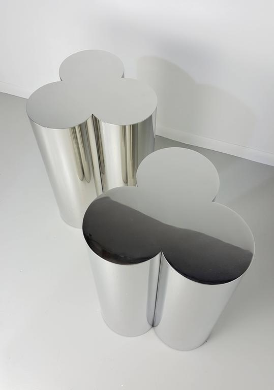Pair Of Custom Trefoil Dining Table Base Pedestals In Mirror Stainless Steel  In Excellent Condition For