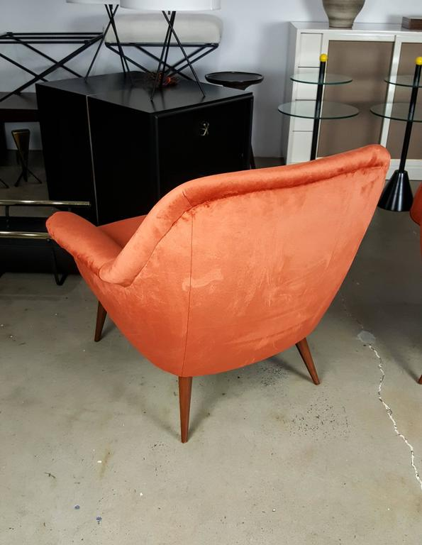 Pair of Italian Modern Lounge Chairs in Persimmon Velvet For Sale 2