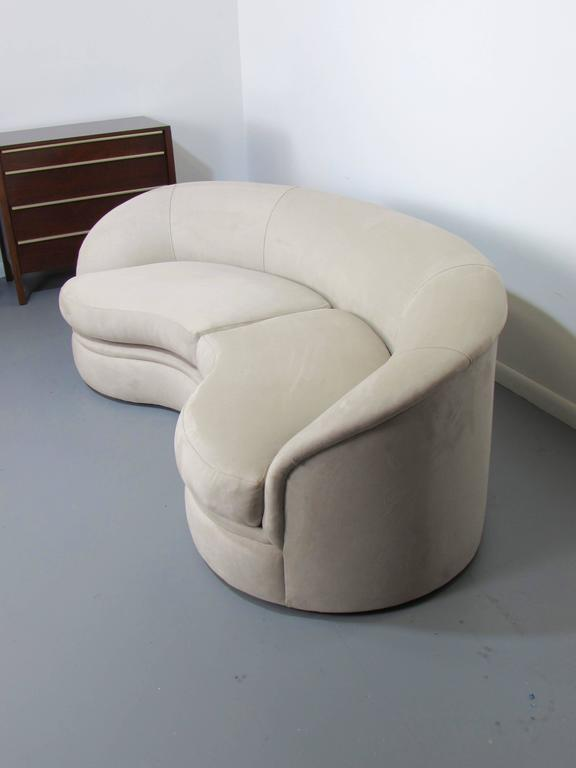 Biomorphic Kidney Bean Shaped Sofa By Vladimir Kagan For