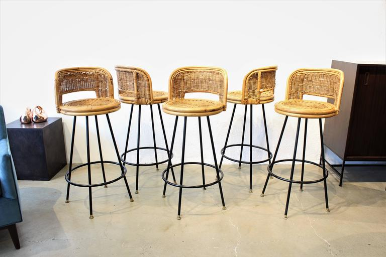 Set Of Pristine Rattan And Wrought Iron Bar Stools By Seng