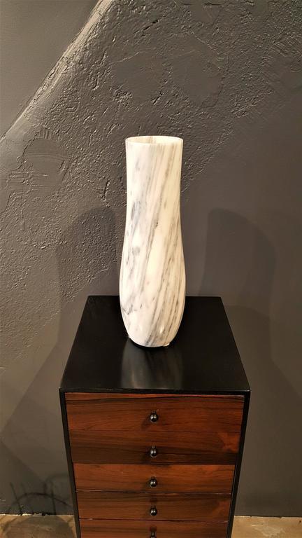 Massive Carrara Marble Vase with Dramatic Striations, Italy 1950s 2