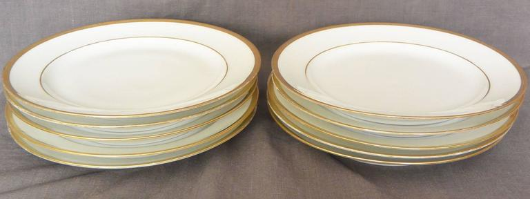 Set of Ten White and Gilt French Empire Plates In Good Condition For Sale In New York, NY