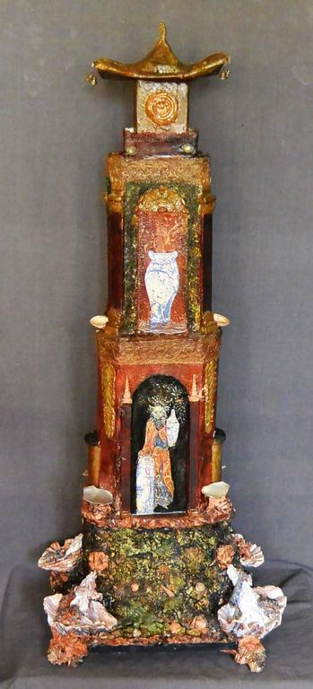 Large Italian Chinoiserie Pagoda In Good Condition For Sale In New York, NY