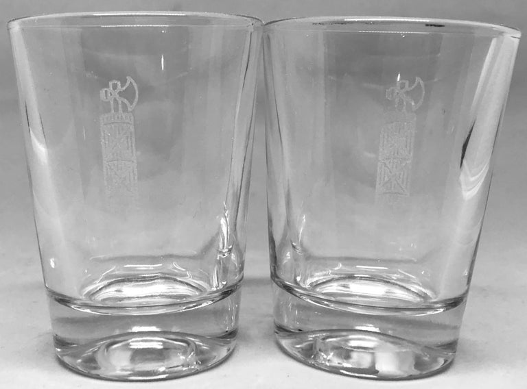 Pair of Italian Republic Military Glasses In Excellent Condition For Sale In New York, NY