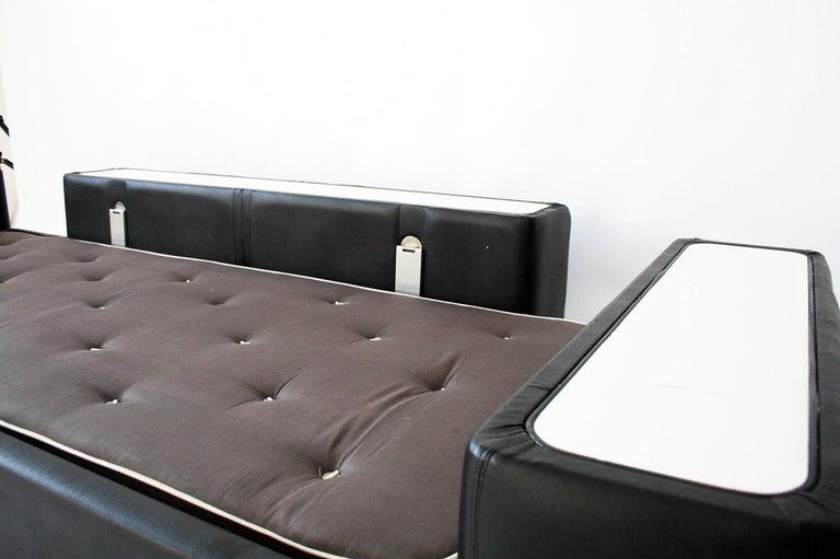 Mid-20th Century 1960s Tito Agnoli Model 711 Sofa Bed for Cinova, Italy For Sale