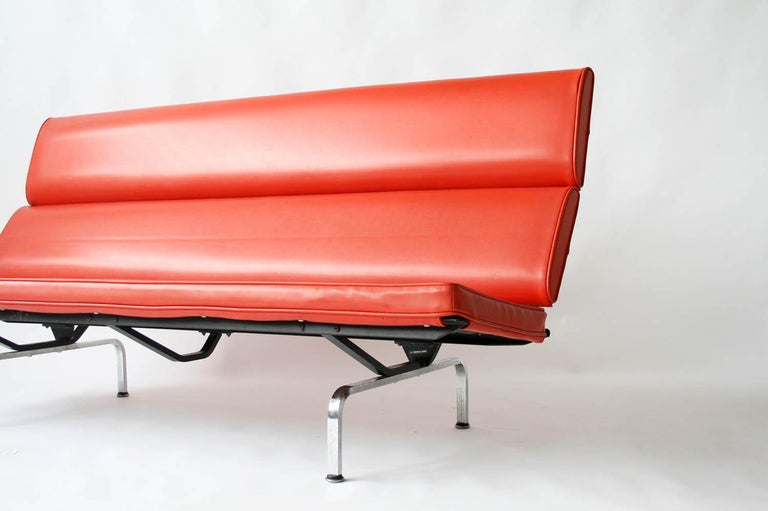 Aluminum Eames Sofa Compact in Original Fabric For Sale