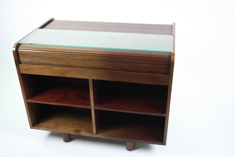 Gianfranco Frattini Desk with Roll Top in Rosewood, circa 1962 for Bernini Italy For Sale 1
