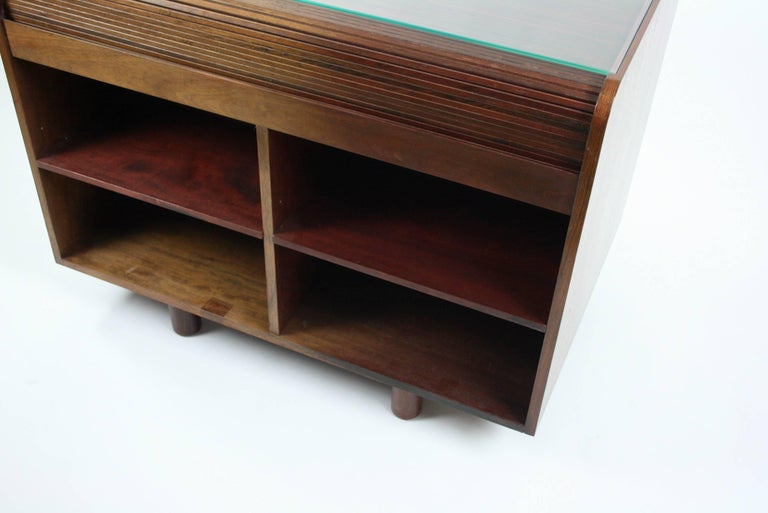 Gianfranco Frattini Desk with Roll Top in Rosewood, circa 1962 for Bernini Italy For Sale 3
