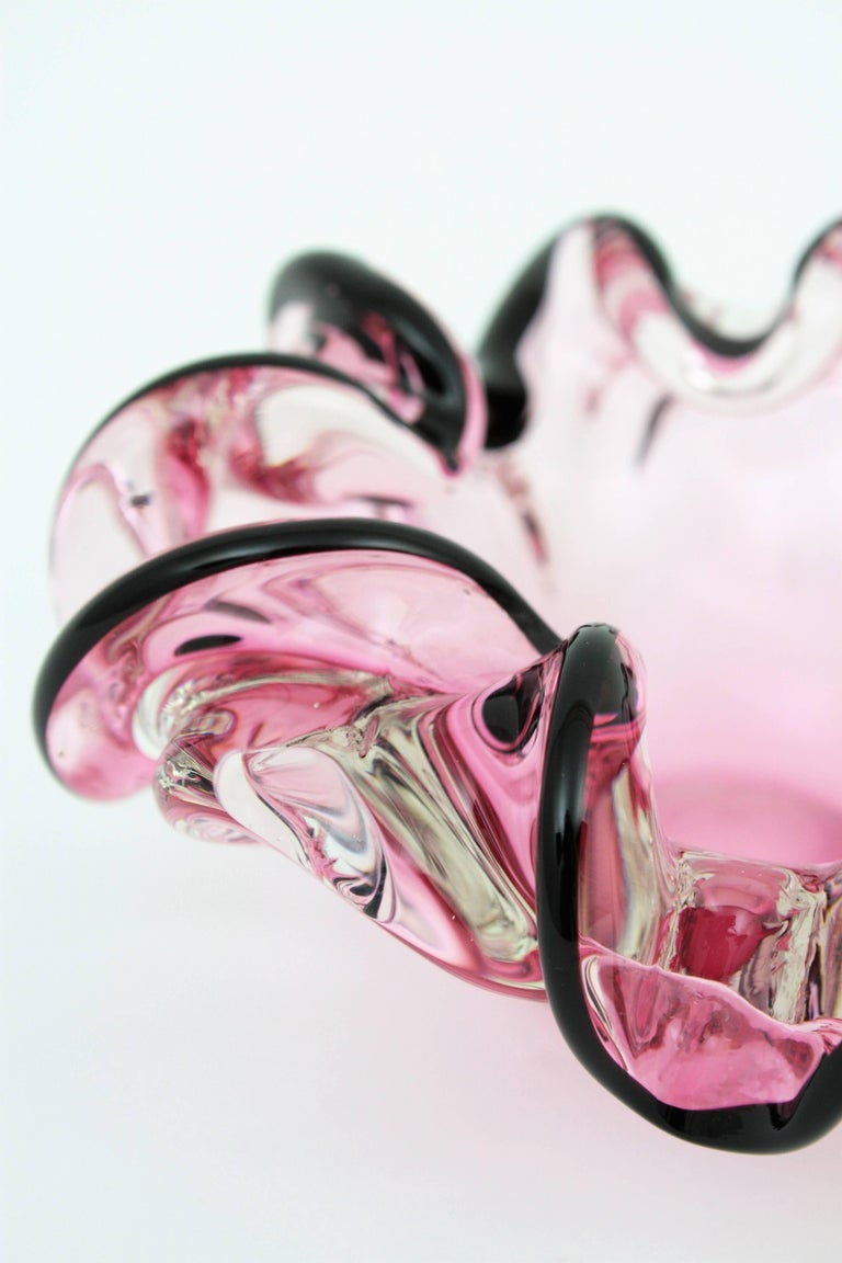 Italian 1960s Handblown Pink and Black Sommero Murano Art Glass Flower Bowl For Sale 5